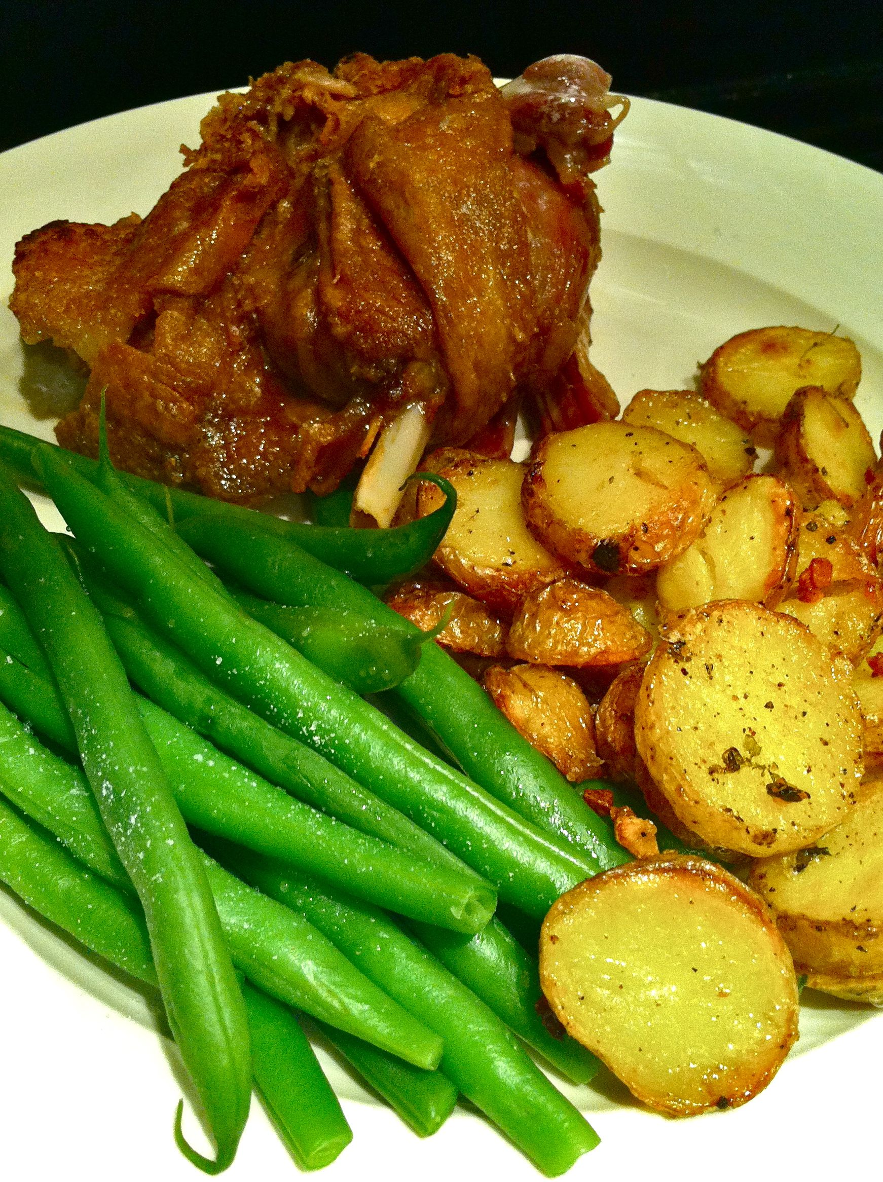 Duck confit and pommes sarladaise