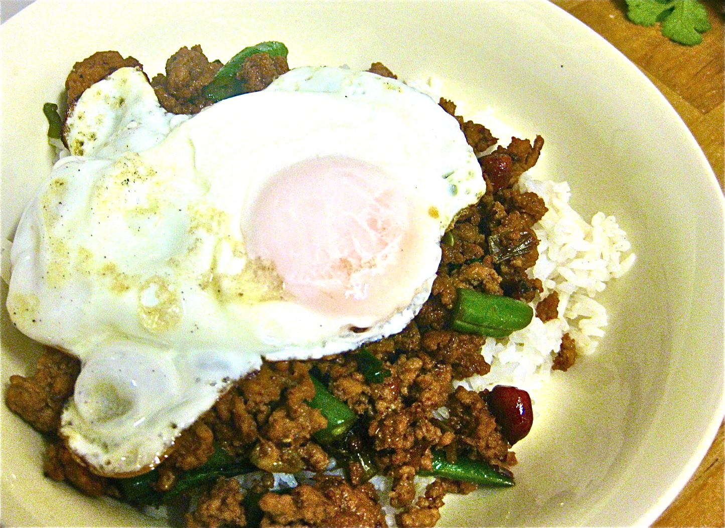 Pork Pad Kra Pao (spicy pork mince)